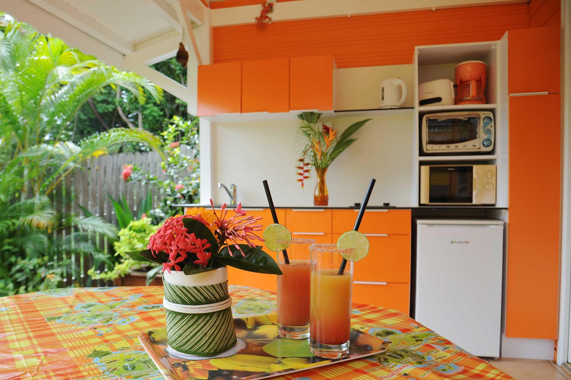 Cocktails sur la terrasse bungalow